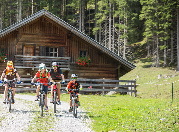 Hütten Ausflugsziele mit dem Bike