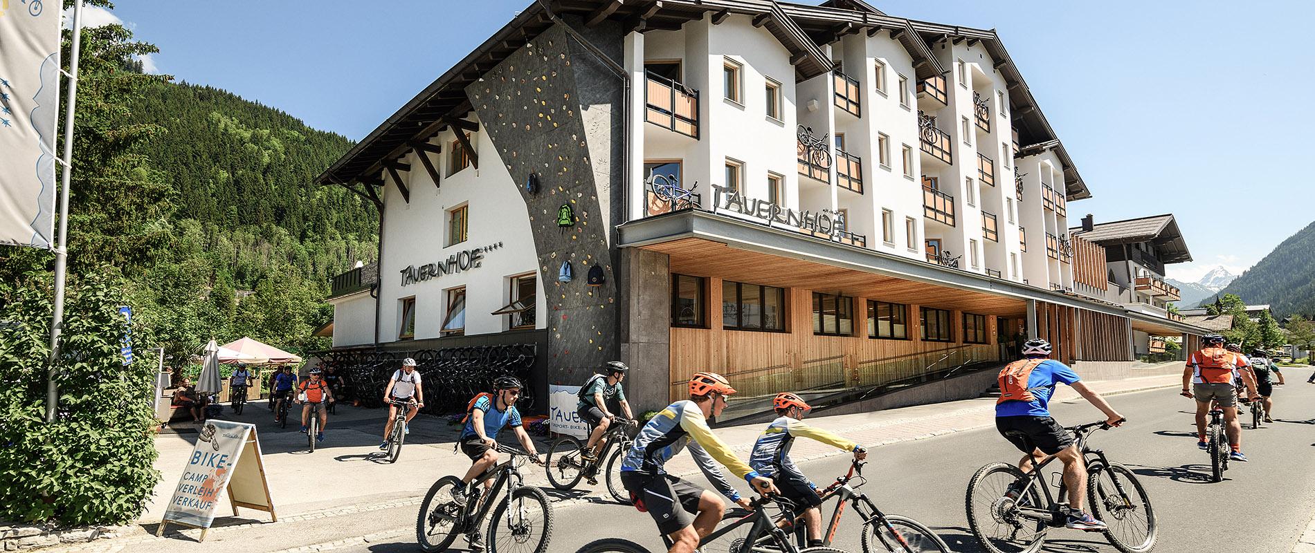 Hotelauswahl Flachau Hotels Österreich Tauernhof Harmls Aparthotel Bikehotel Familienurlaub