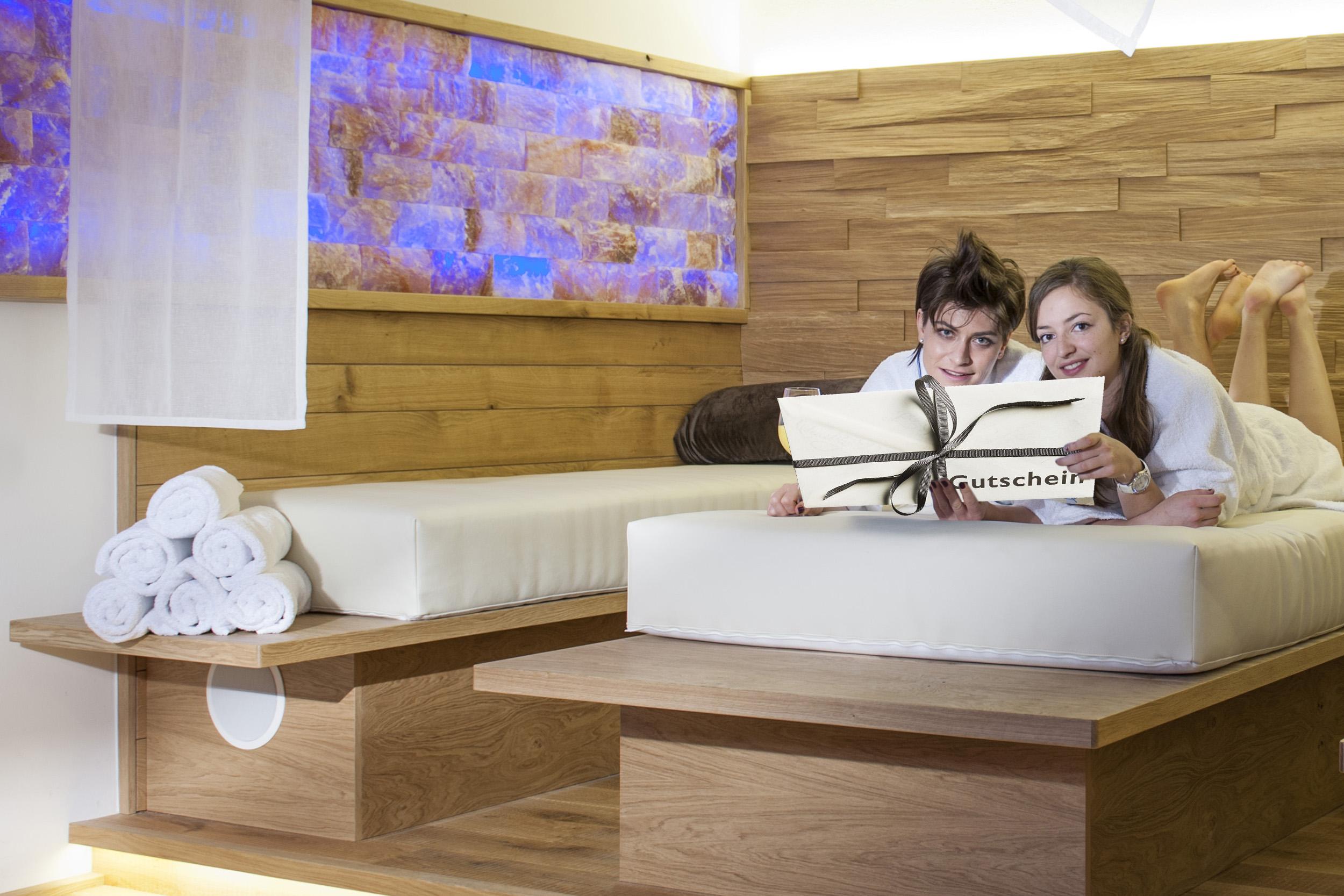 Relaxen Wohlfühlen Wellness Spa Hotel Flachau Aparthotel Harmls Österreich Familienurlaub mit Sauna