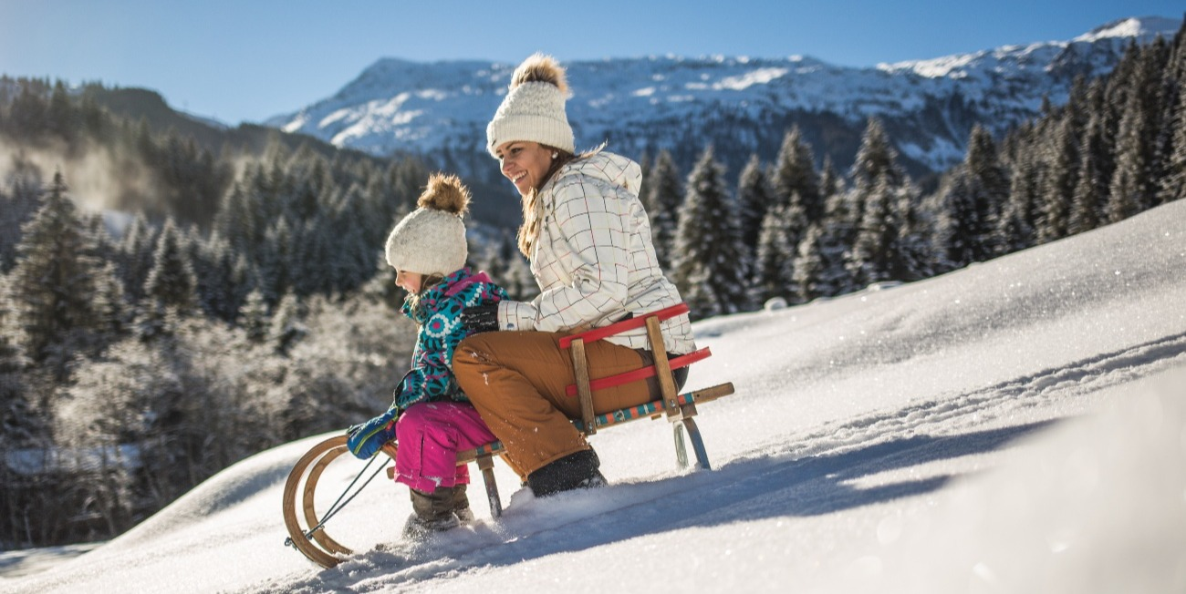 Rodeln Tipps lenken Sattelbauer Flachau bremsen Familienausflug Tauernhof