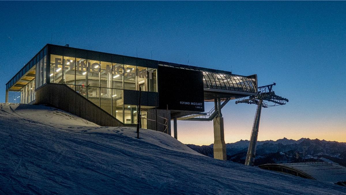 Ski amadé Flying Mozart Wagrain Gondelbahn Flachau Winterurlaub Tauernhof Skifahren
